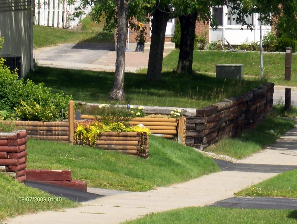 Attractive Timber And Railroad Tie Retaining Walls