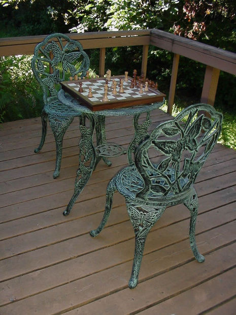 Freestanding Deck for all Occasions