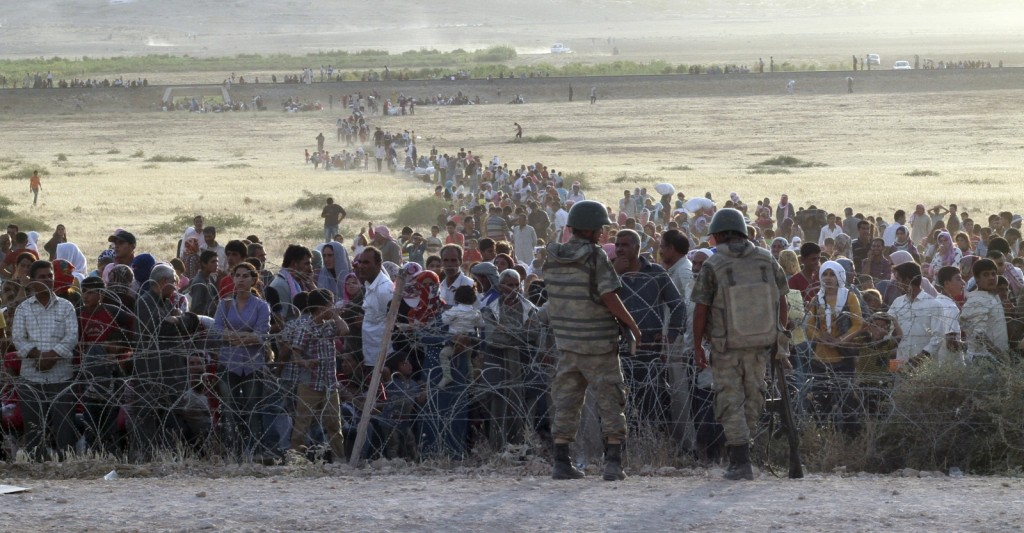 Refugee Impasse: Desperate Syrians at the Turkish border